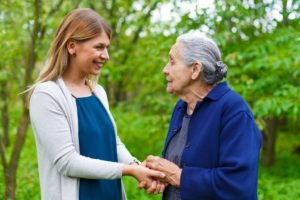 talking to a woman with dementia