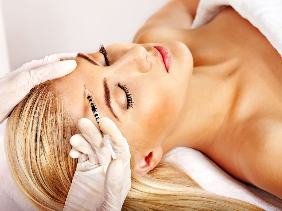 woman getting cosmetic surgery done