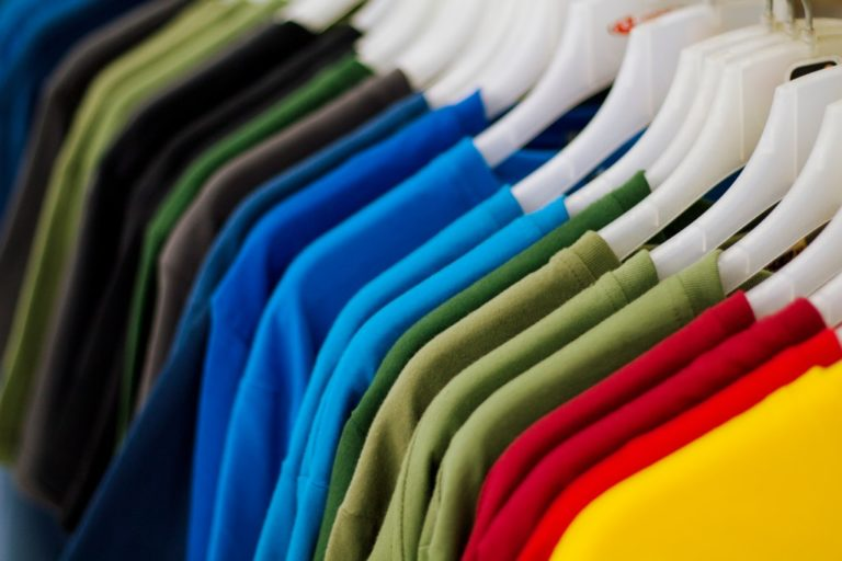 Travel T-Shirt Design Hacks to Make the Clothing More Appealing